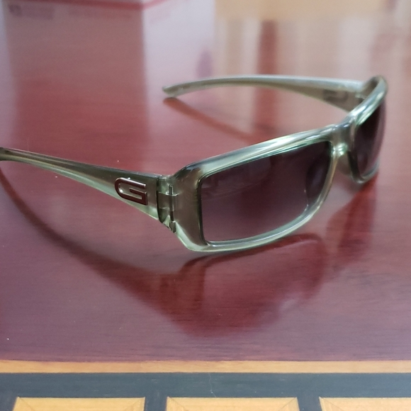 NWT Gucci authentic vintage shades w/case